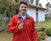 Aluno da Unesc é medalhista em competição de ginástica no Chile