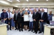 Rede Giassi recebe Moção de Aplauso pelos 60 anos de atividades