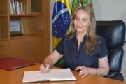 Governadora Daniela Reinehr foca na vacina e confirma Carmen Zanotto na Saúde
