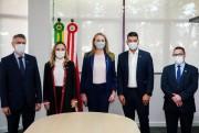 Governadora Daniela Reinehr dá posse a quatro novos secretários em SC