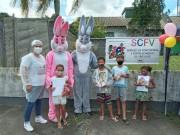 Grupos do SCFV de Siderópolis recebem kits em evento drive thru
