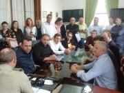 Comitiva vai até Florianópolis cobrar promessa de investimentos