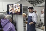 Apaixonados por pão de fermentação natural lotam workshop