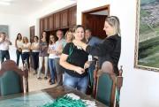 Servidores de Maracajá recebem crachás de identificação