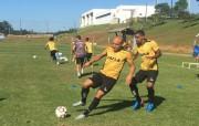 Grupo Carvoeiro trabalha parte física e técnica