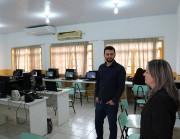Vereador Robetti visita escolas do município