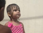 Crianças do CEI Afasc Santo Antonio se divertem com chuveirão