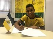 Atacante firma primeiro contrato profissional com o Tigre