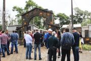 Portal e muro do cemitério é inaugurado em Nova Veneza