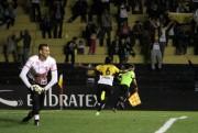 Criciúma vence o Vila Nova com o placar de 1 a 0