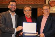Governo de Siderópolis faz homenagem à Sideropolitano Dr. em Letras