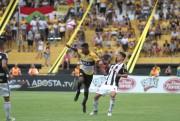 Criciúma perde para o Figueirense e Árgel é expulso do jogo