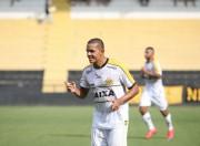 Tigre combate Joinville no Campeonato Catarinense