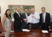 Prefeitura de Urussanga assina contrato de R$ 14,5 milhões do Finisa