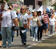 Caminhada pela Vida e pela Paz leva católicos ao bairro Boa Vista