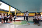 Brincadeiras e jogos ensinam crianças como economizar energia