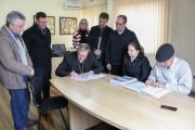 Contrato para construção de nova Cúria é assinado
