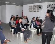 Oficina capacita jovens e adolescentes para o mercado de trabalho