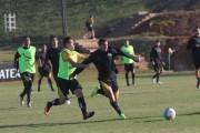 Jogadores participam de treino intenso em dois períodos