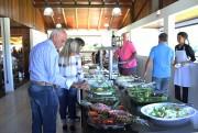 Ávila abre as portas para servir almoço aos domingos