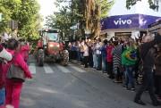 Grande número de pessoas participam de manifesto em Içara