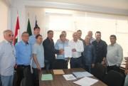 Fatma entrega licença ambiental a Balneário Rincão