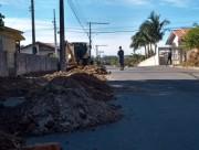 Ruas pavimentadas na cidade de Içara terão calçadas construídas