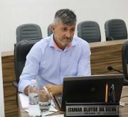 Vereador Itamar solicita troca de lâmpadas na Praça da Juventude