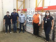 Empresa JBS doa 10 toneladas de frango para Defesa Civil de Santa Catarina