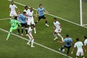 Gol de Suárez garante Uruguai nas oitavas de final da Copa do Mundo