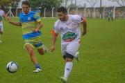 Jogo com ídolos do Flamengo tem goleada e solidariedade em Içara