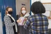 Estudantes da Rede Municipal de Cocal do Sul recebem kits da alimentação escolar