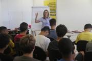 Garotos iniciam aulas de inglês no CT do Criciúma