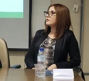 Karoline Calegari, do Procon Içara, realiza palestra em Brasília
