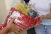 Familiares de alunos da Rede Municipal recebem kit emergencial em Forquilhinha