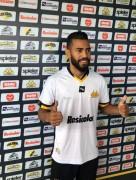 Criciúma Esporte Clube apresenta o lateral esquerdo Kaique
