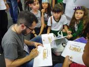 Professor de Içara lança livro na Bienal do Rio de Janeiro