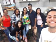 Alunos da Esucri/Uniasselvi realizam trabalho com jovens usando Libras