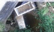 Lixo de comunidades lindeiras cria problemas estruturais na BR-101 Sul/SC