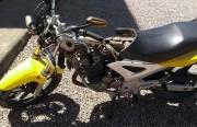 Moto é desmontada em residencia no bairro Raichaski