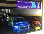 Alex Cé disputa campeonato nacional de automobilismo