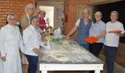 Entidades elaboram pratos gastronômicos para comercializar na Festa do Vinho