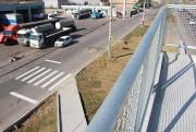 Novas passarelas mudam hábitos e o cotidiano de pedestres