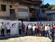 40 trabalhadores param obra por falta de pagamento em Criciúma