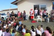Festa de Natal diverte crianças do Condomínio Deobaldo Pacheco