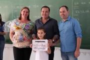 Crianças são premiadas em concurso de combate à dengue