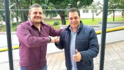 Deputado Minotto apresenta cantor Neguinho como pré-candidato a vice-prefeito