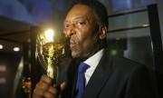 Vida longa ao rei do futebol Pelé que completa 80 anos e muitas glórias