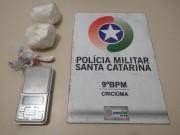 Homem é detido com cocaína no bairro Nossa Senhora da Salete