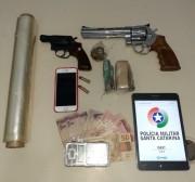 GPM captura suspeito de tráfico e apreende drogas e dois revólveres